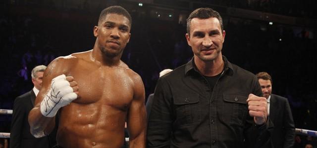 """Антъни Джошуа е фаворит в двубоя срещу Владимир Кличко, който ще се проведе тази вечер на """"Уембли"""". Двамата ще се бият за титлата на Международната боксова..."""